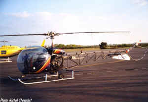 Bell 47 F-GCCK.jpg (63135 octets)